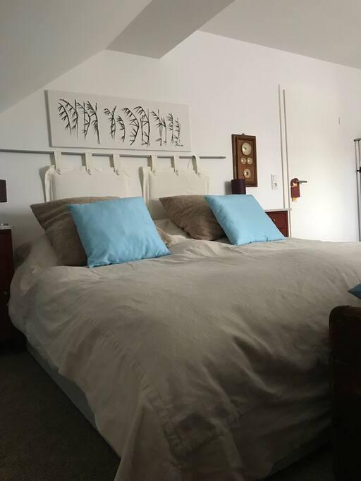 Gemütliches Bett, 2 Einzelmatratzen