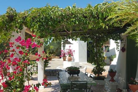 Enchanting Country House - Il Trullo di Galeasi - Grottaglie, Taranto