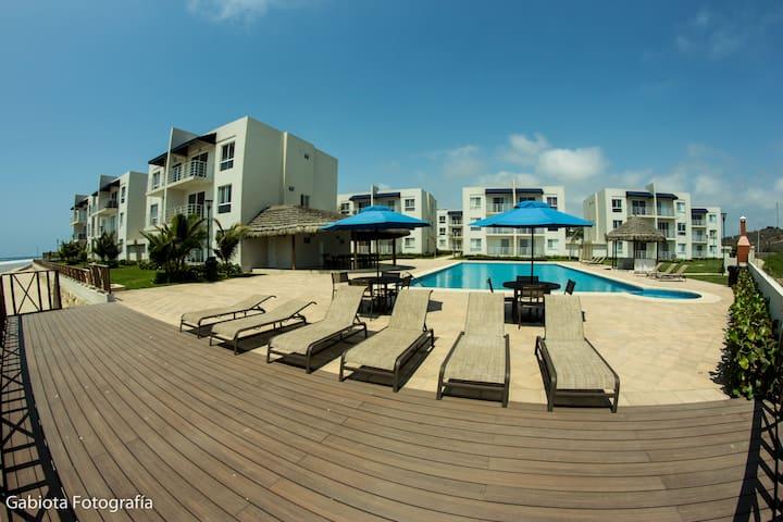 Apartamento Frente a la Playa cerca de Montañita