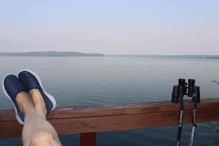 sitting on mid deck