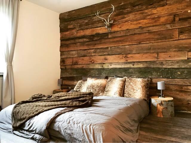 Gemütliches Chalet-Apartment am Fuß des Berges