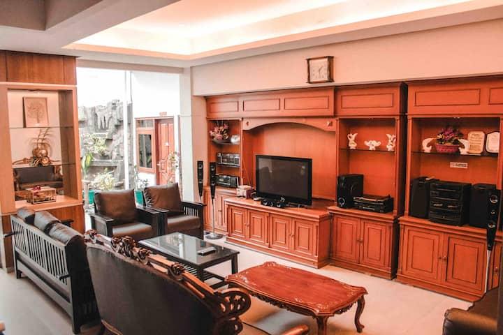 Felish Residence 2-beds25-CenterJogja-FullFacility