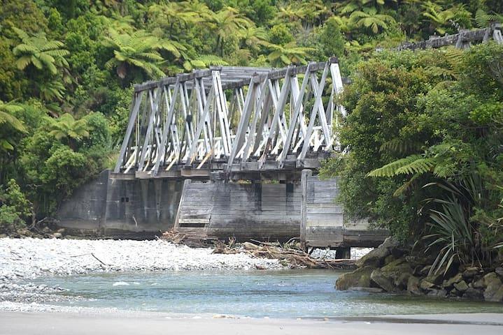 Susie's Place - Near Punakaiki at Fox River Beach - Fox River - Dům