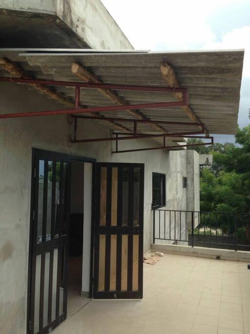 Balcon de 30 m2 pour réception