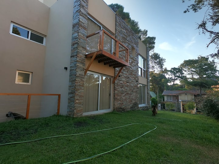 TRASTOLILLO Villa Gesell - Dto.5 salida al jardín