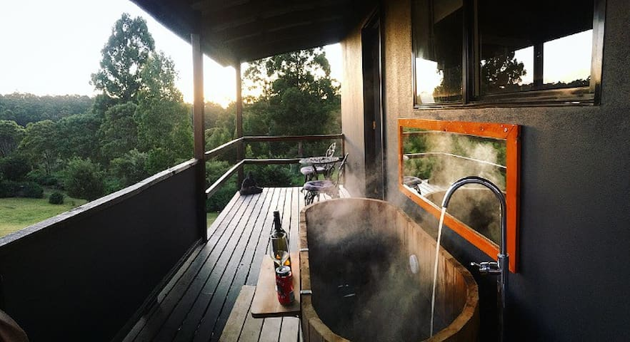 Hot Tub Hideaway #2 Bruny Island - Lunawanna - House