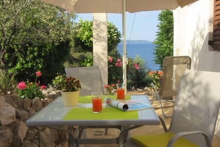 Sea view apartment Okrug - Trogir