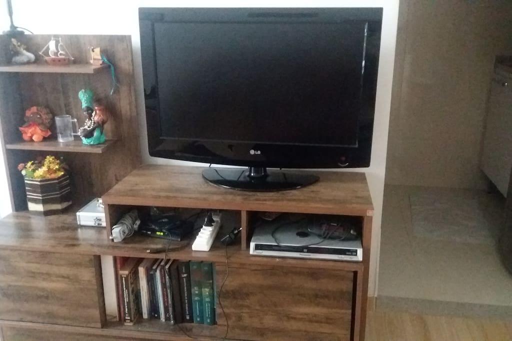Sala também com TV