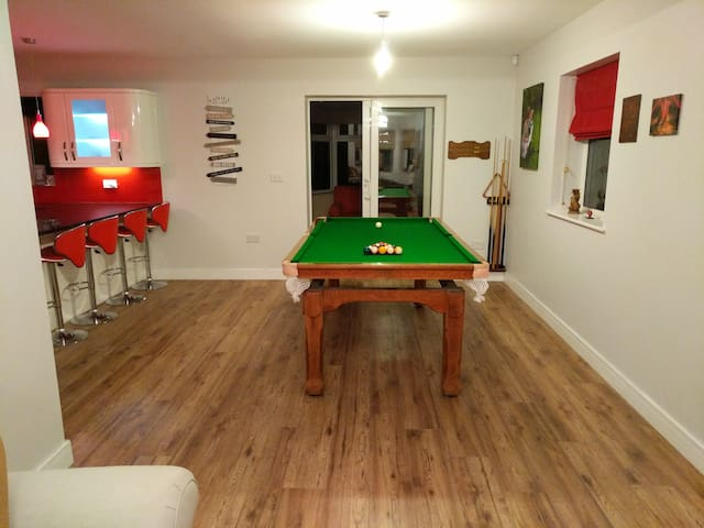 Shared Pool/Dining Room