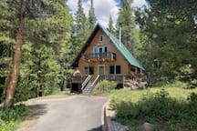 Storybook Mountain Cabin