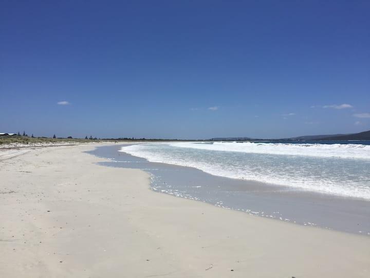 Fairview Summer Villa - World class Beach and Golf