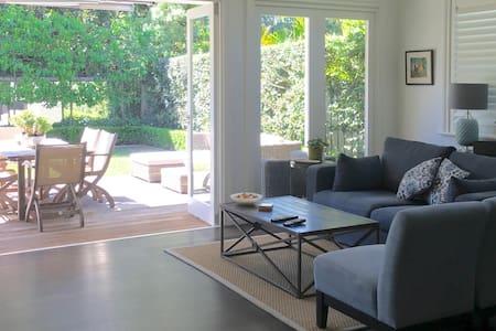 Balmoral Beach Hamptons-style Family Home - Mosman - Rumah