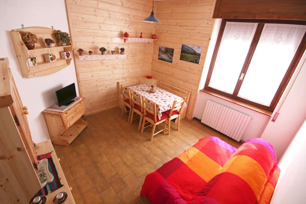 Soggiorno / Living room / Séjour