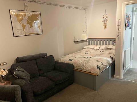 A cosy 1 bed studio flat