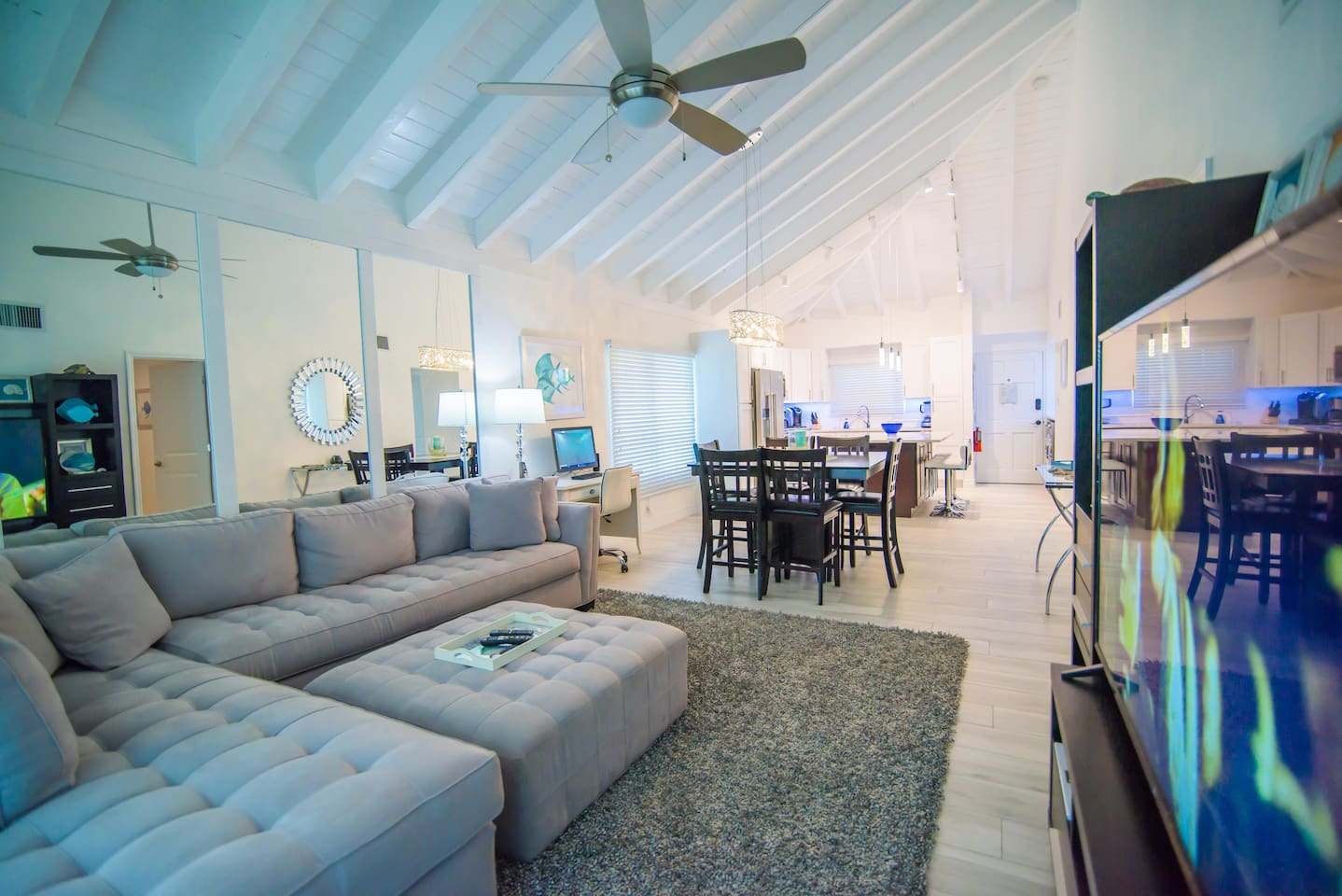 Welcome to your home for the week in Grand Cayman!