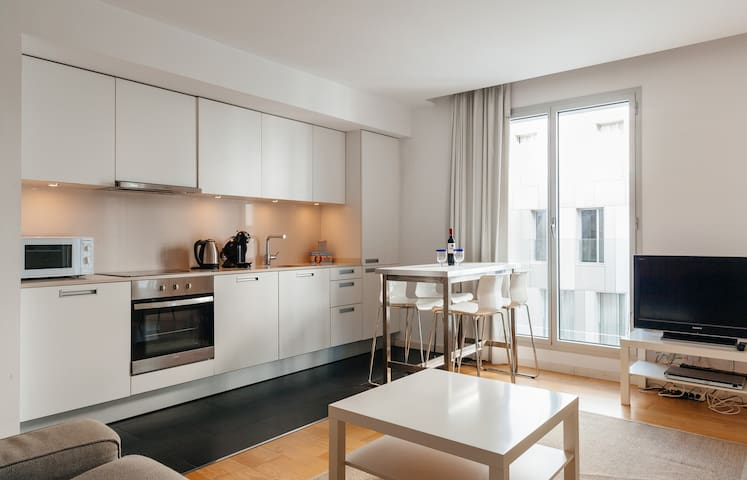 NEW MODERN, BEACH CHIC with ROOF POOL 5*  - Barcelona - Appartement