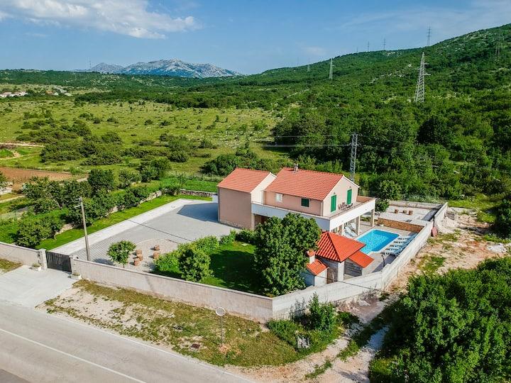 Villa Renato private house with pool