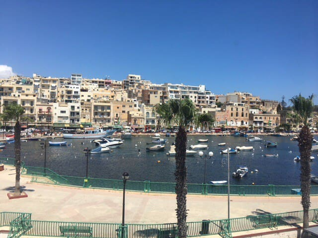 Stuck in Malta? Rest in a comfy seaside apartment!