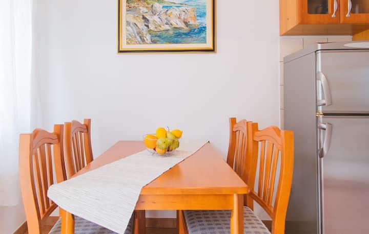 Central Hvar Apartment Pina 2