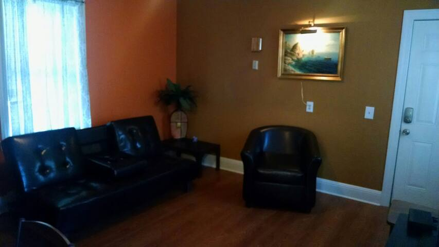 Federal Hill Apartment- One Bedroom - Providence - Appartement