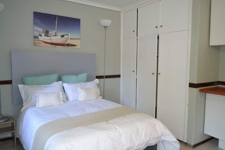 Eccleston Room 4