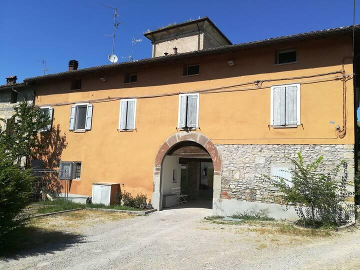 Stanza in campagna fra Reggio Emilia e Modena