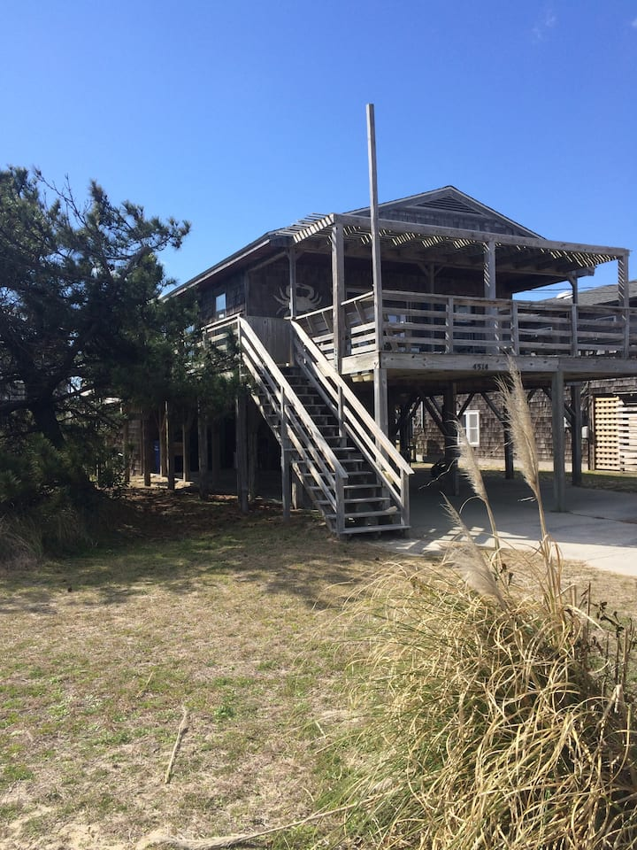 Papa Nicks Semi-Oceanfront Beach Cottage