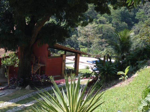 Linda casa com piscina e churrasqueira !!! - Rio de Janeiro - Chalet