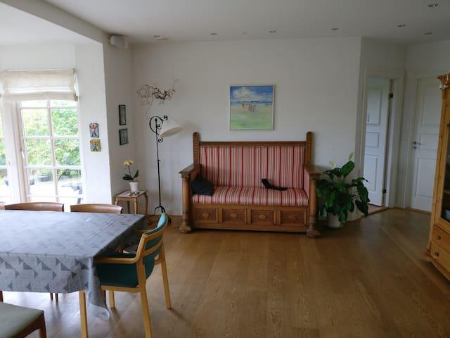Dejligt hus tæt på Århus