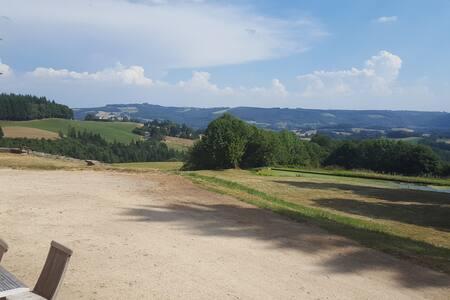 Gite dans Château 18eme près d'Aurillac