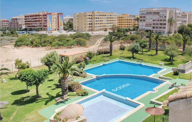 Holiday apartment with 2 bedrooms on 90m² in Torrevieja
