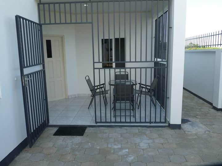 Luxe appartement (C) met zwembad Paramaribo Noord