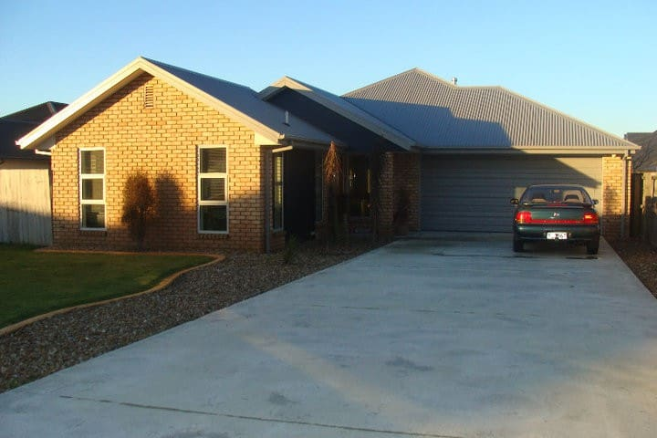 Modern 4-bed home in Nth Canterbury - Woodend - Ev