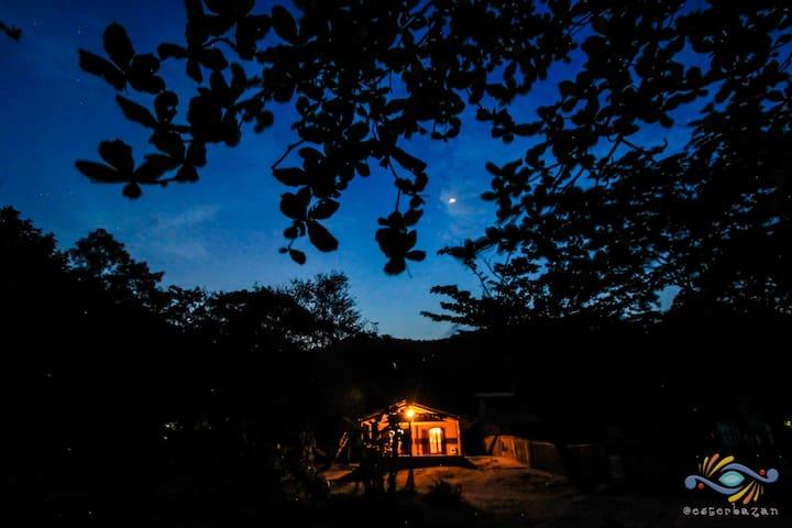 Ilhabela Casa Pé na Areia Castelhanos