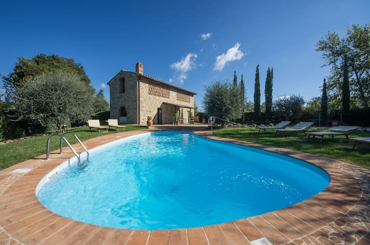 tuscany villa with private pool  1 - Gambassi Terme - Hus
