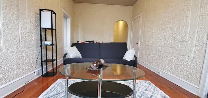 Entire Apartment Exquisite University City Loft