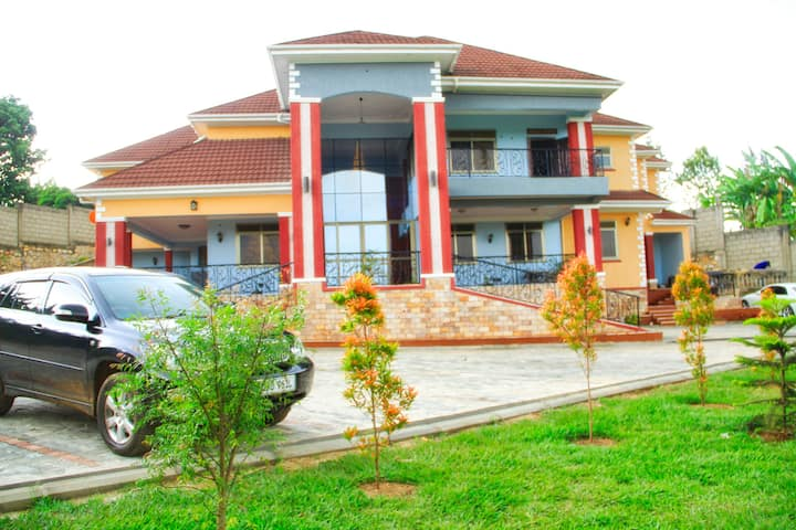 Fort Heights Homestay (Hotel) in Fort Portal