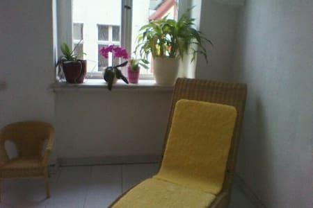 im weißen Salon ;) - Perleberg - Departamento