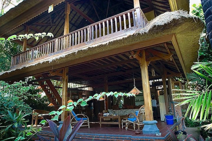 Rumah Kita,  a cozy Balinese house in Lovina Beach