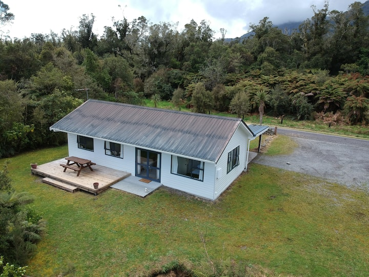 Kahikatea Cottage