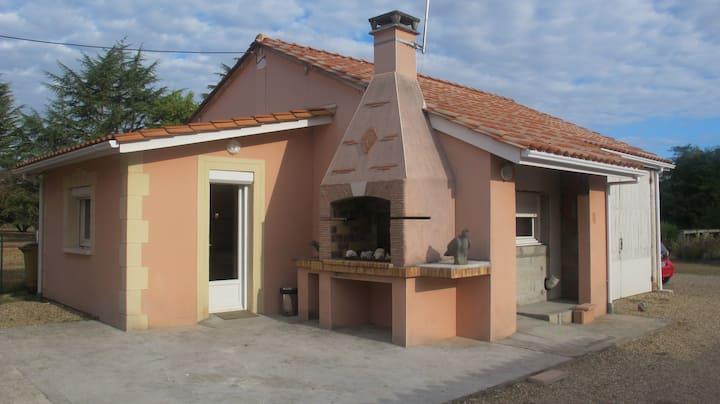 Studio tout confort accès rivière prox St Emilion