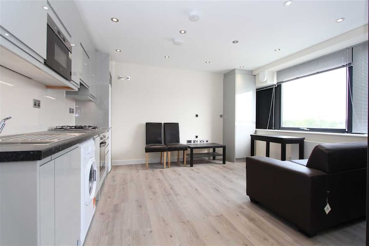 Oyster Service Apartments - 1 Bedroom Apartment