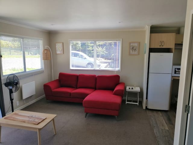 Vineyard Cottage- 1 Bedroom self contained
