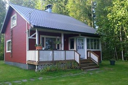 House/cottage by the lake - Luumäki