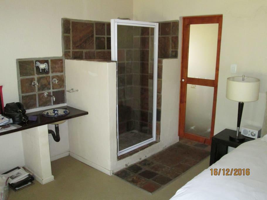 shower / toilet through door