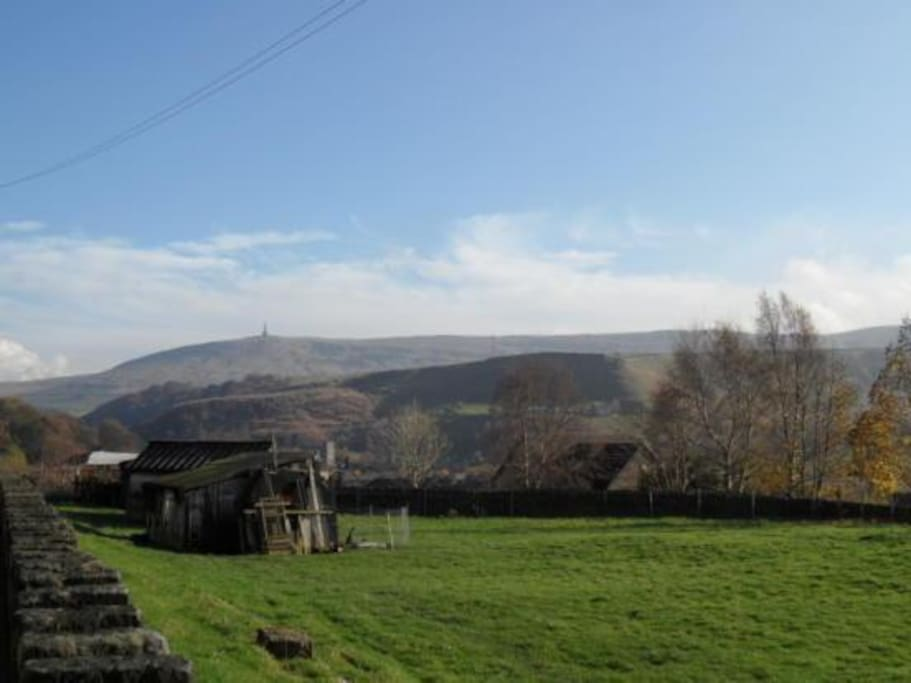 Open views to Stoodley Pike