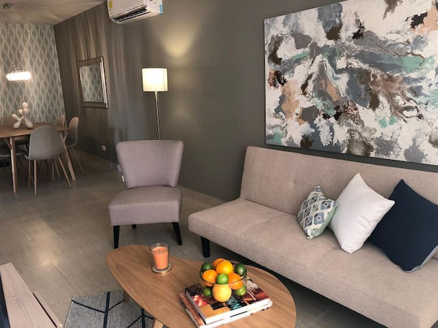 Apartamento Moderno y lujoso. Para estrenar.