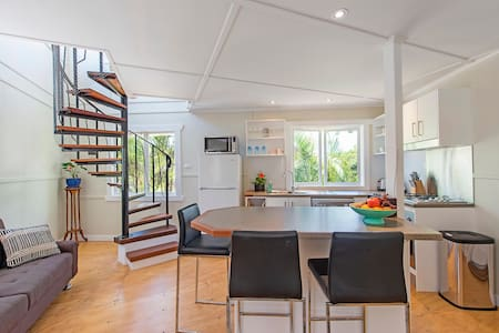 Tree Loft Studio  (brand new build) - Mullumbimby - Loft
