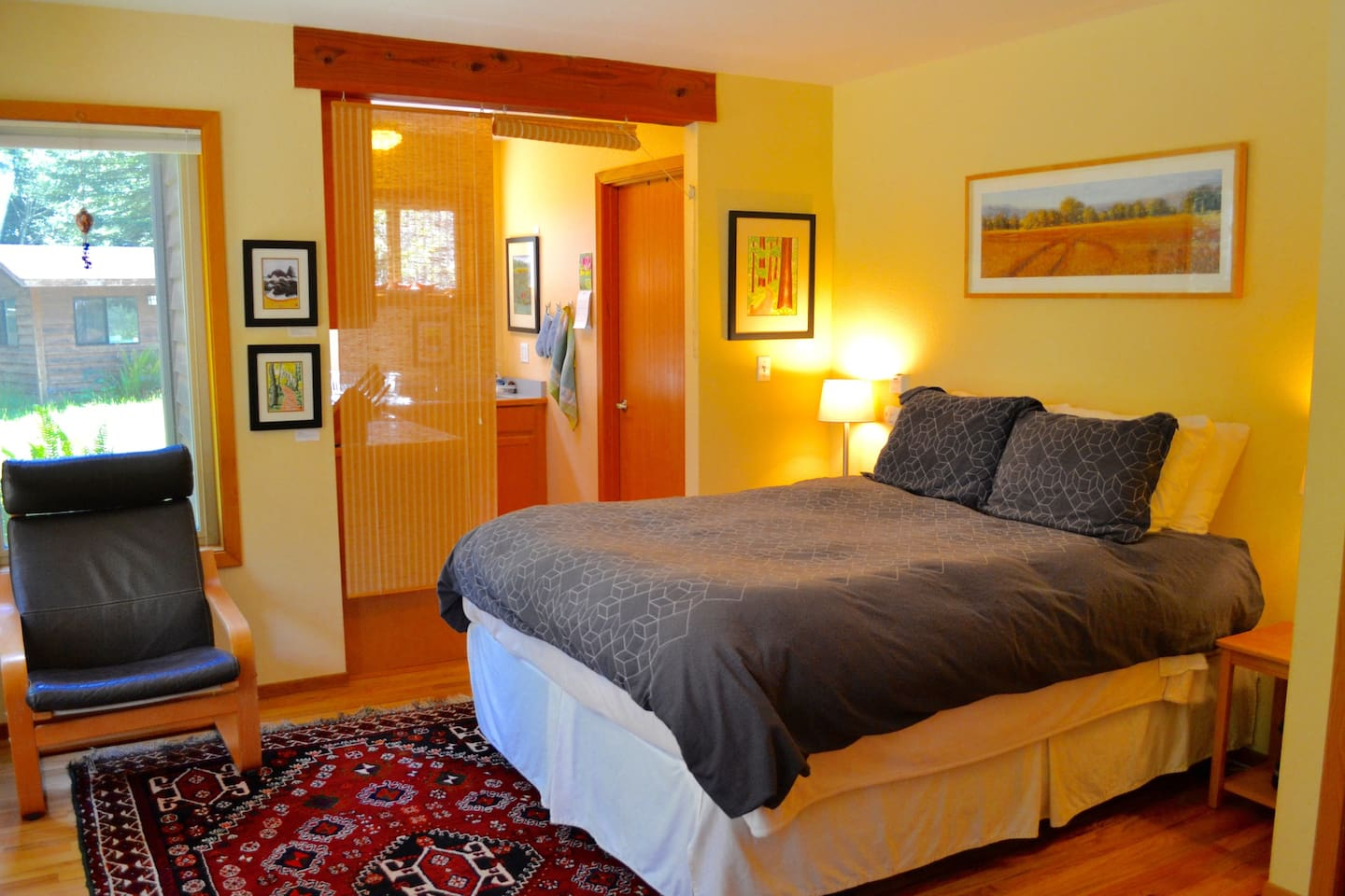 This peaceful studio apartment in the redwoods will leave you feeling relaxed and refreshed.