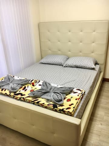3 BEDROOMS WITH CABLE AND WIFI - 碧瑤 - 公寓